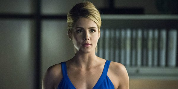 Felicity Emily Bett Rickards Arrow The CW