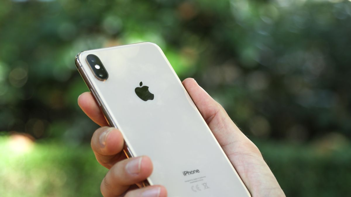 iphone 11 max rumored to have a triple lens camera techradar. Black Bedroom Furniture Sets. Home Design Ideas