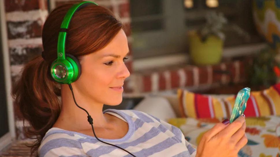 Best cheap headphones: Monster NTune