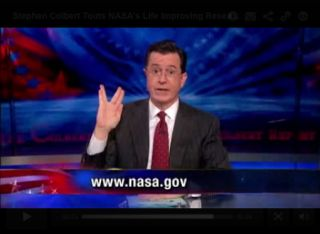 Stephen Colbert Makes a Vulcan Hand Sign