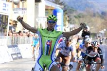 Peter Sagan (Cannondale) grabs the win.
