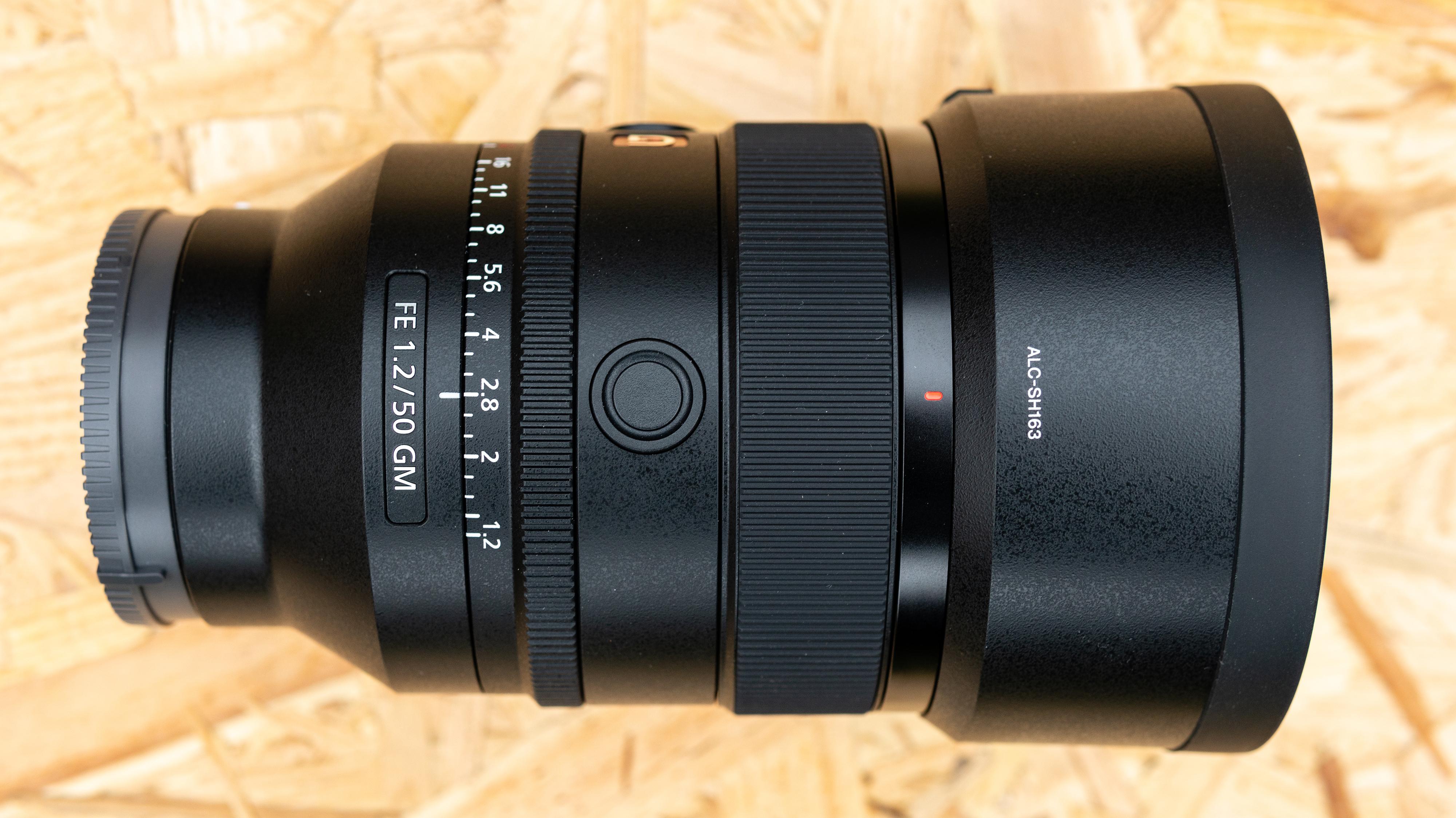 Sony FE 50mm f/1.2