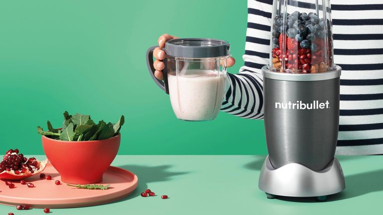 How to use a NutriBullet blender