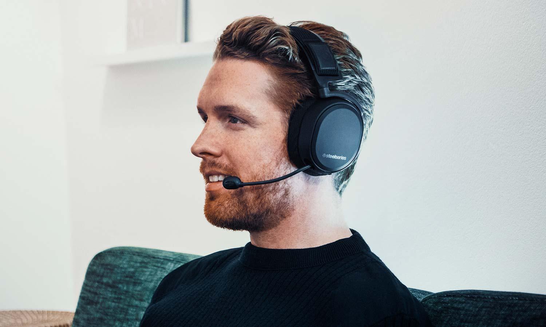 Buy STEELSERIES Arctis Pro Wireless 7.1