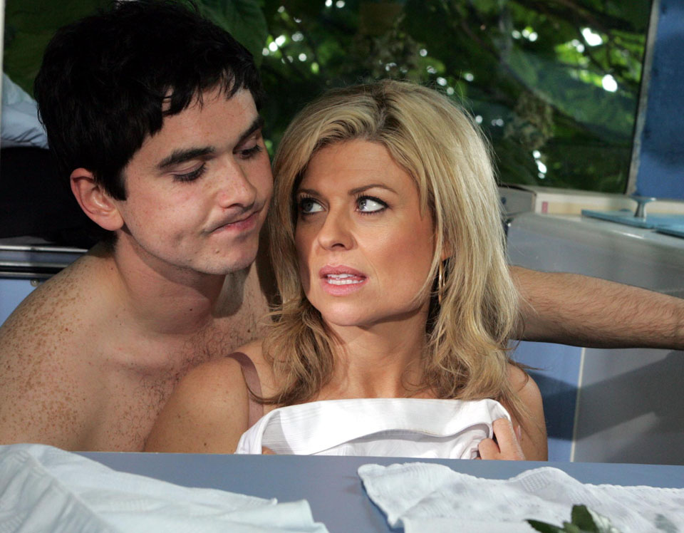 Emmerdale's Jamie gets steamy with Louise