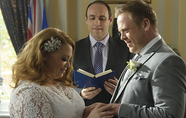 Casualty fans left in tears after Glen Miller dies on his wedding day