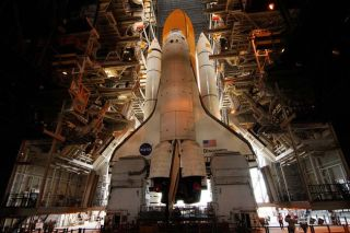 Shuttle Engineers Expect Smooth Tank Swap for Discovery
