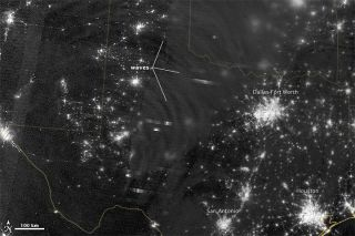 The Suomi NPP satellite captured nightglow over Texas and Oklahoma.