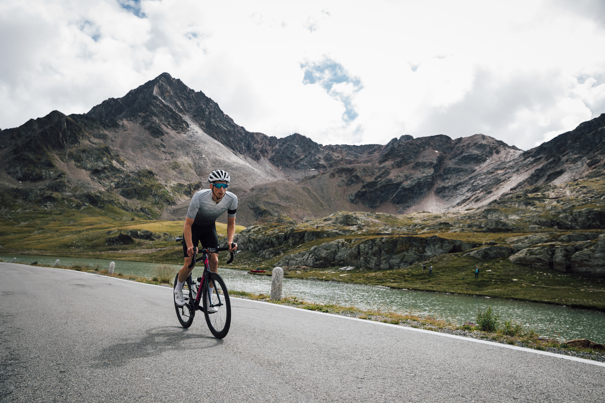How to master riding long climbs