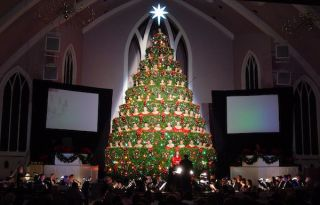 Earthworks Microphones Capture Singing Christmas Tree at Highland Baptist Church