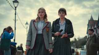 Aimee Lou Wood and Emma Mackey in Sex Education