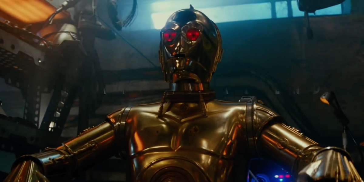 C-3PO with red eyes in Star Wars Rise of Skywalker