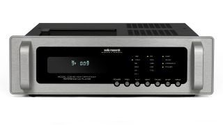 Range-topping CD player with a valve-powered output stage