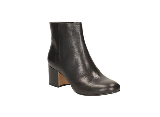 31878d8f385 These black leather ankle boots are inspired by the 1970s gogo boot and are  perfect for instantly dressing up an outfit with the 6cm block heel.