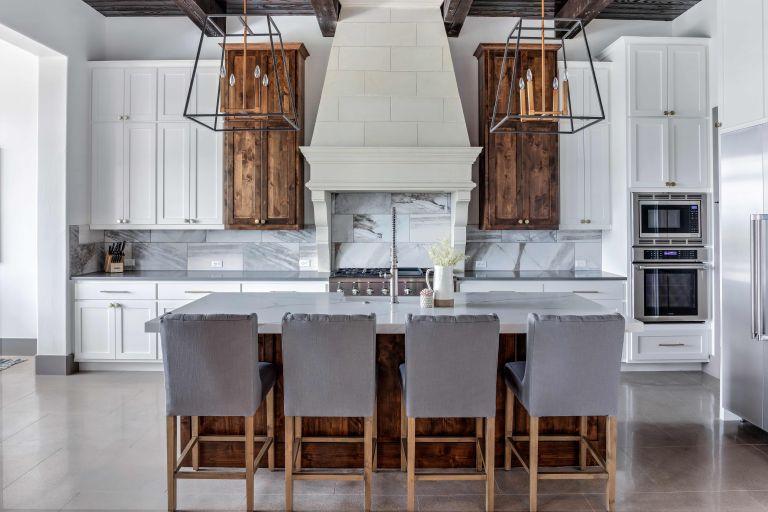 Kitchen kitchen with kitchen island