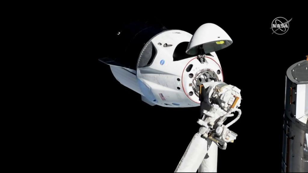 SpaceX Could Launch NASA Astronauts Into Space in Early 2020