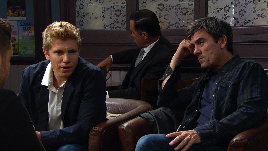 Robert Sugden is worried when Cain says he won't lie to Aaron in Emmerdale