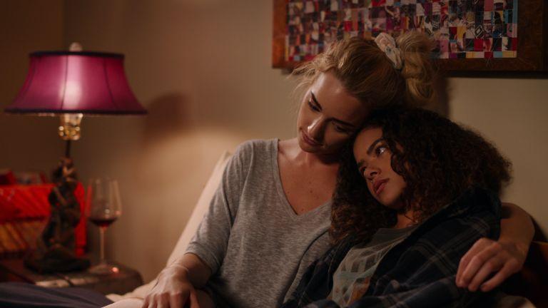 Brianne Howey and Antonia Gentry in Netflix's Ginny & Georgia