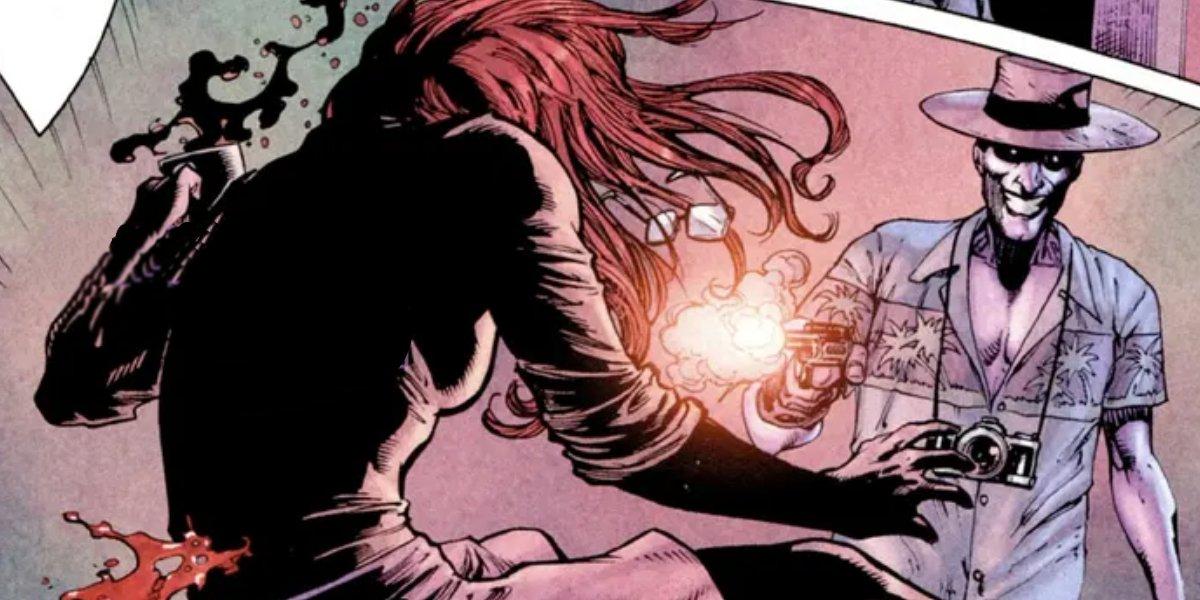 The Joker shoots Barbara Gordon