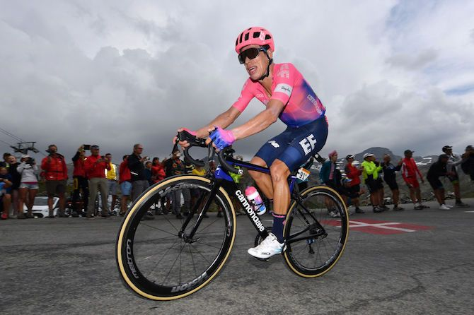 Urán back on the bike after three-month injury lay-off