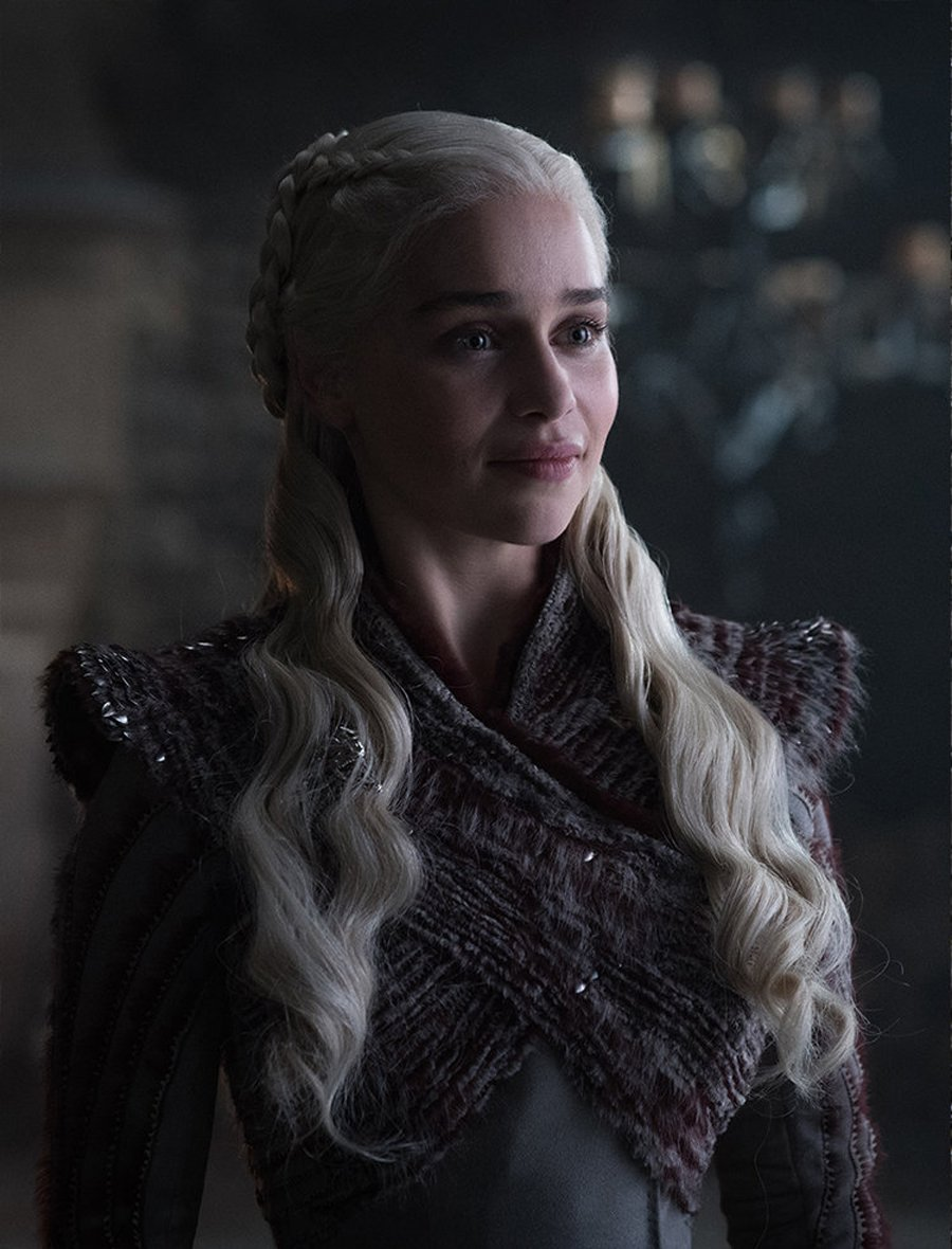 Who The Heck Is Jaime Smiling At In New Game Of Thrones Season 8 Image? #2477003