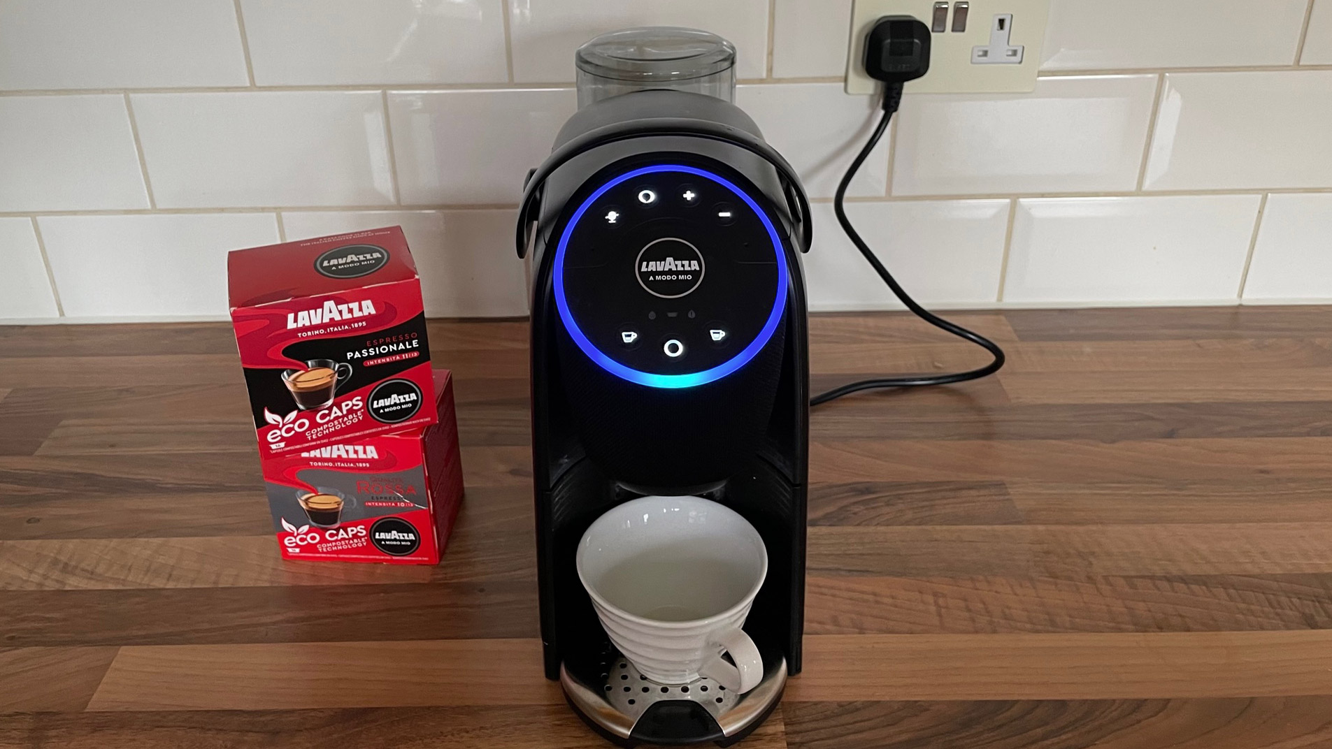 The front view of the Lavazza A Modo Mio Voicy, which has Alexa built-in