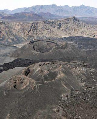 cinder-cone-volcanoes-100926-02