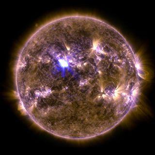 Strong Solar Flare: April 11, 2013 - Full Disk