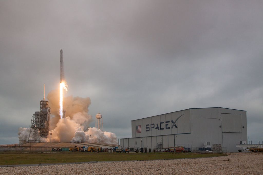 SpaceX: Facts About Elon Musk's Private Spaceflight Company