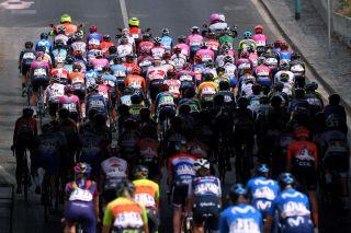 Women's WorldTour peloton racing at the 2020 Giro Rosa