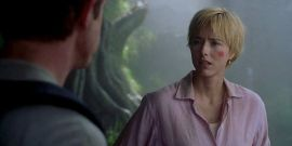 Jurassic Park III Alum Téa Leoni Has Perfect Response To Throwback Photos From The Film