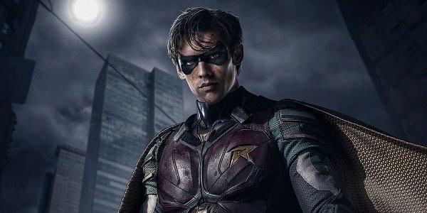 Brenton Thwaites Robin Titans DC Universe