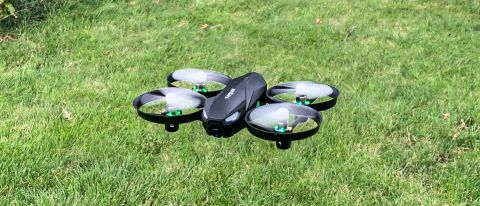 Tomzon A31 Flying Pig drone review