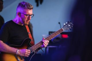 Steve Down Talks Touring the World with Joss Stone and the