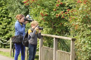 Four family wildlife photography courses are available at the WWT Slimbridge nature reserve in 2019