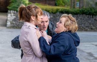 Emmerdale spoilers! Fiiiiight!! Laurel and Brenda come to blows