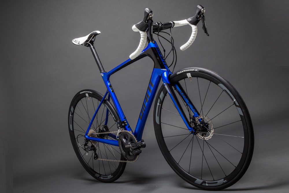 05c62f24c8b The Giant Advanced Pro 2 is an endurance bike with a performance edge