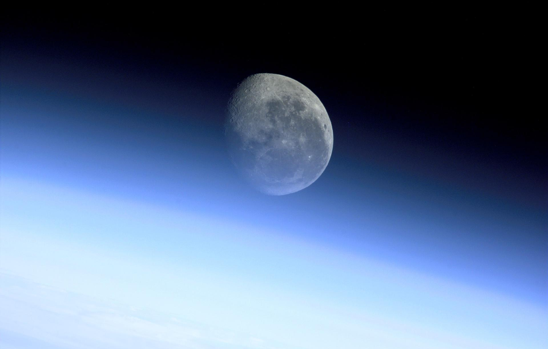How Apollo 11 Showed that Aliens Might Be More Than Science