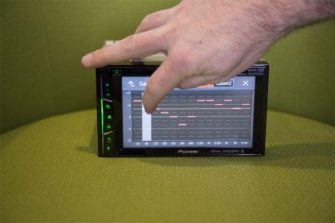 Pioneer AVH501EX Review | Top Ten Reviews