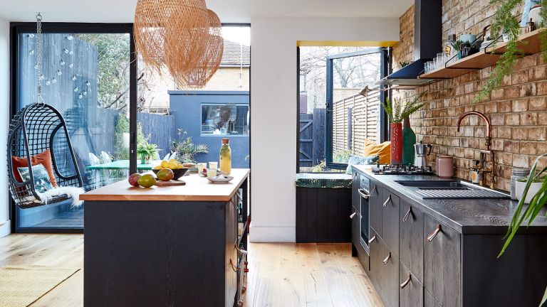 Lily Pickard house: kitchen with dark kitchen units