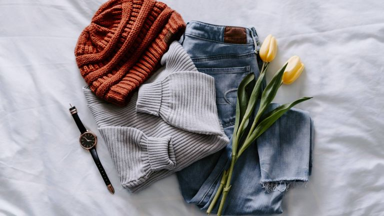 Hat, jumper and jeans with flowers
