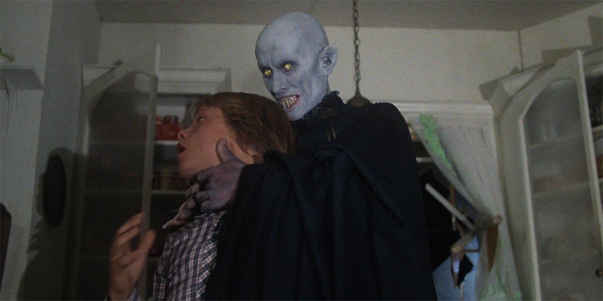 Kurt Barlow attacks Mark in Salem's Lot