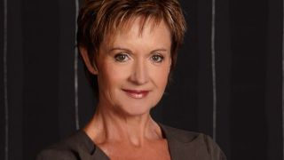 A quick chat with Neighbours' Jackie Woodburne!