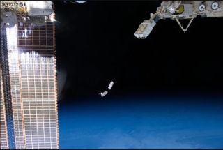 Cubesats leave the ISS
