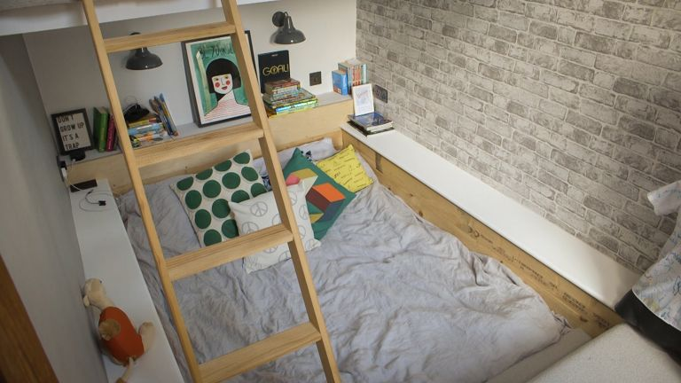 sunken bed in a teenager's room