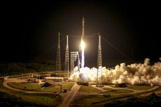 Atlas V Rocket Launches Cygnus Spacecraft, March 2016