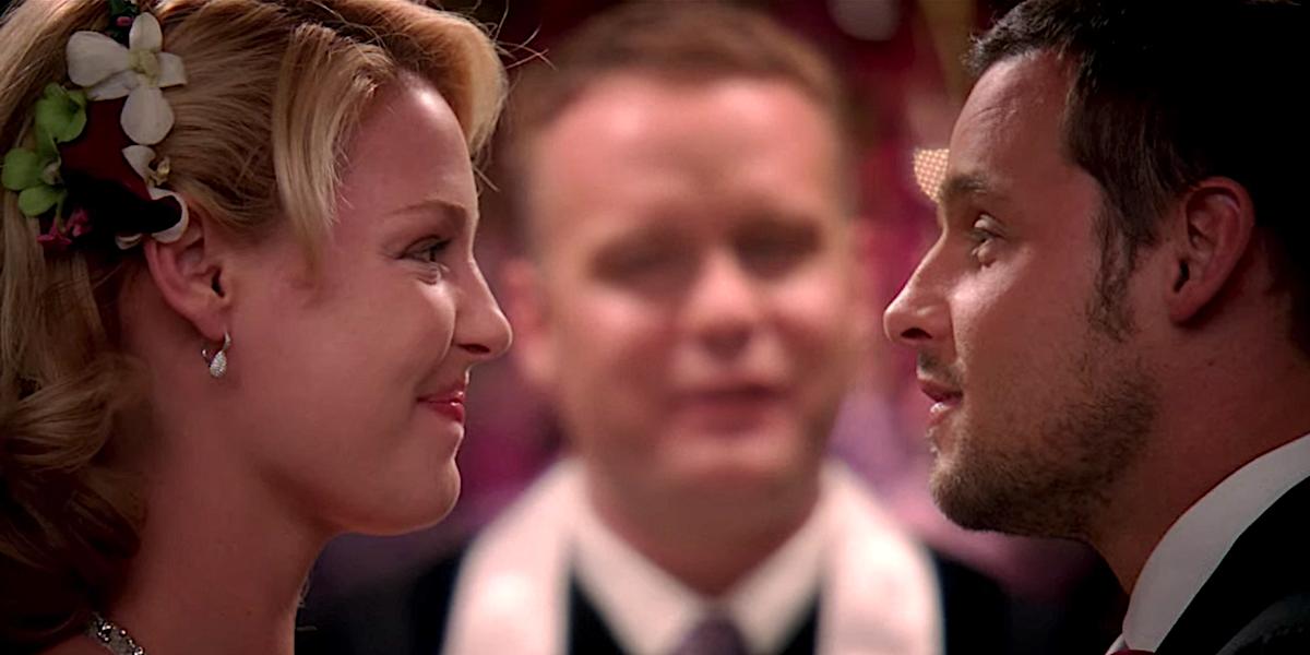 Grey's Anatomy Izzie Stevens face to face with Alex Karev