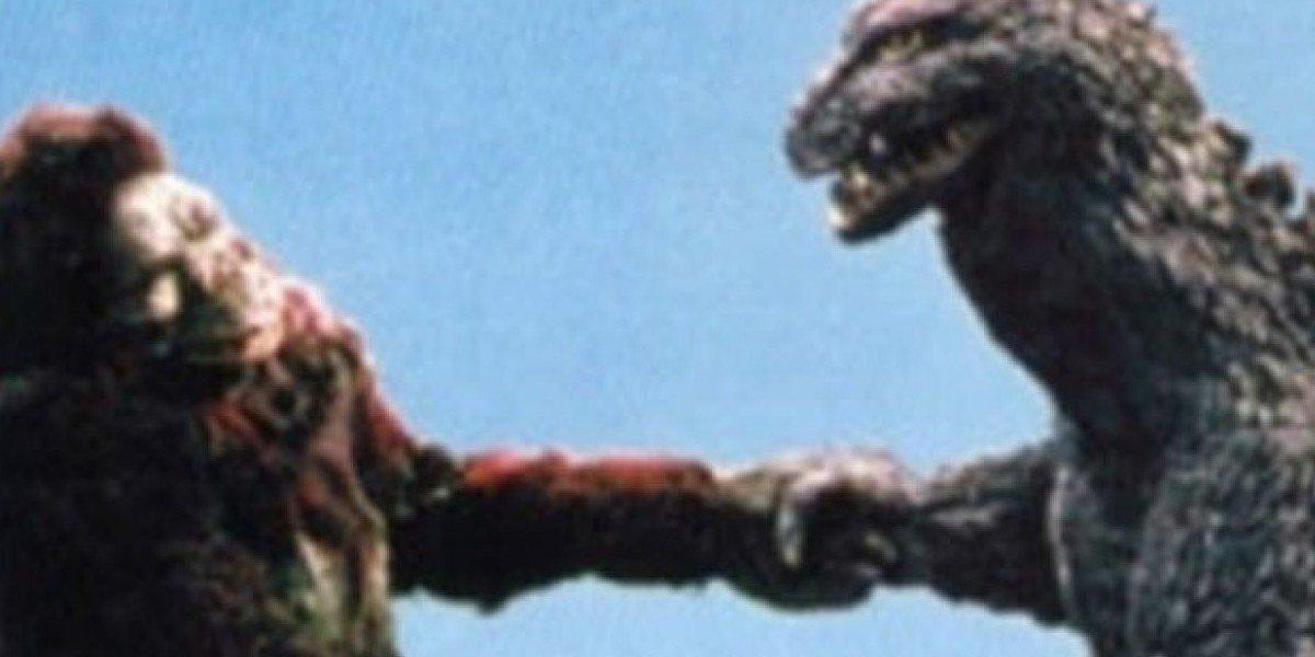King Kong fighting Godzilla