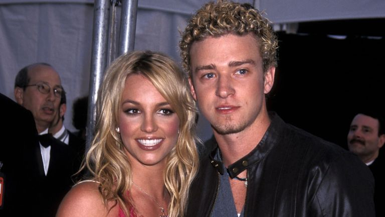 Justin Timberlake and Britney Spears attend the 29th Annual American Music Awards on January 9, 2002
