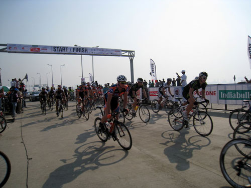 Start, Tour de Mumbai 2011